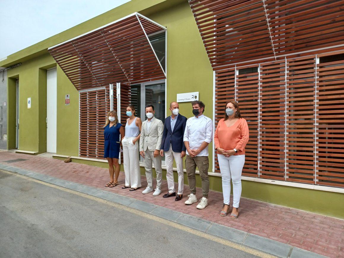Comienza la entrega de 175 menús del proyecto Cocina Central Ibiza